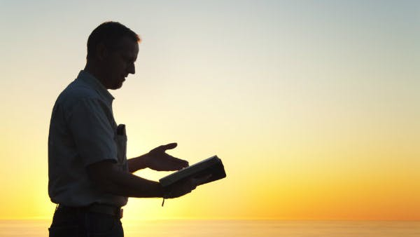 Five Ways to Encourage Your Pastor (Without Exalting Him ...