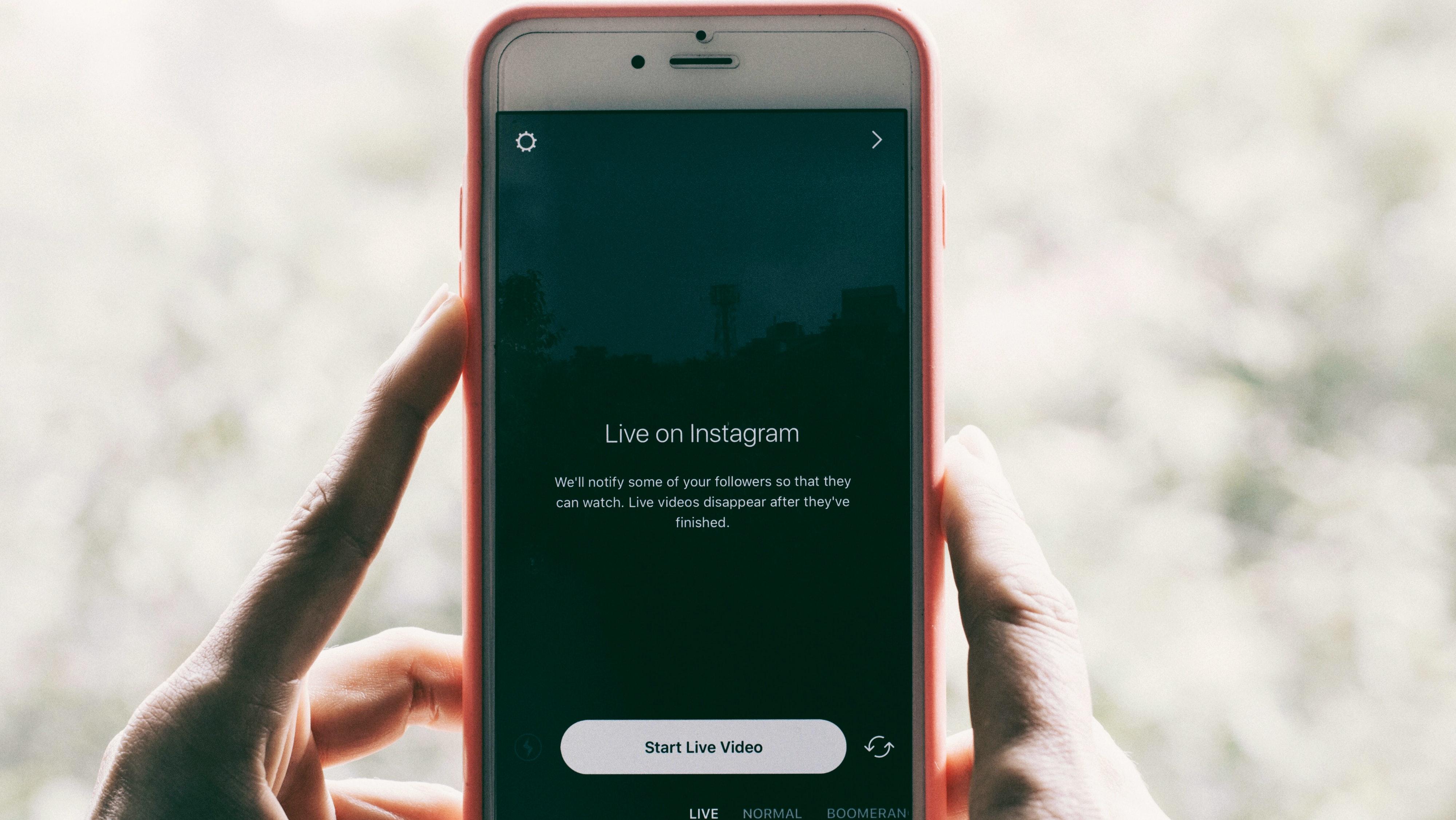 """""""Let Your Light Shine"""" — Should I Instagram My Good Works?"""